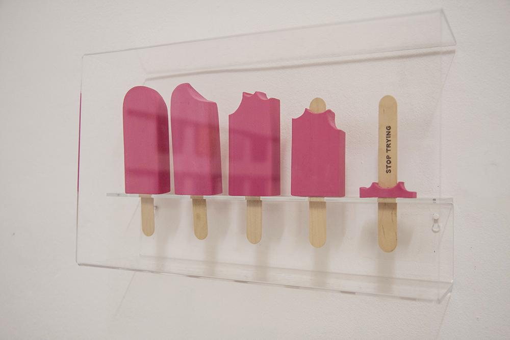 Gema Rupérez, Stop Trying, 2015, gomma, legno e pirografia, 39 x 23 x 11 cm, ed 5/5
