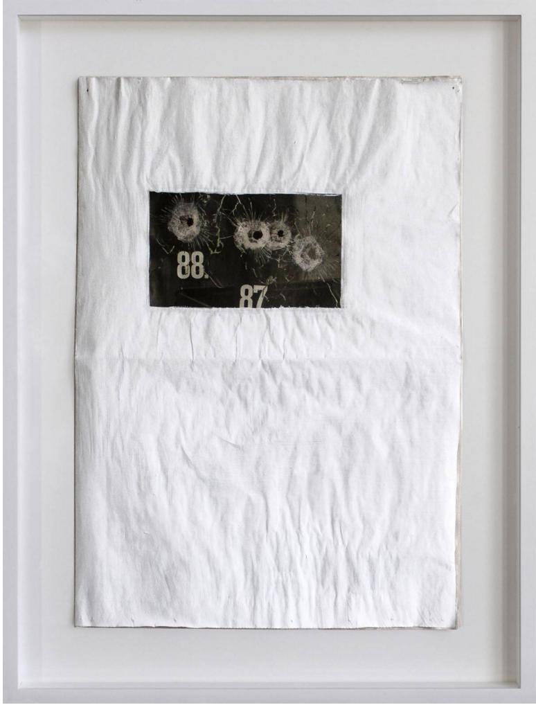 Susanne Schuricht, Frontpages 010-2, 2010, giornale, pittura, 40x57 cm